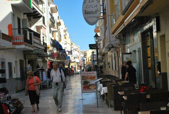Gran Cervantes by Blue Sea: Shops in town centre Torremolinos
