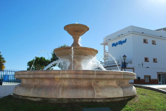 Gran Cervantes by Blue Sea: Fountains in town