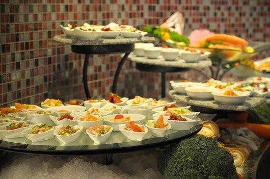 Hard Rock Cafe Penang: Buffet at Starz Diner