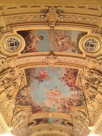 Grand Theatre de Geneve : сводчатый потолок театра