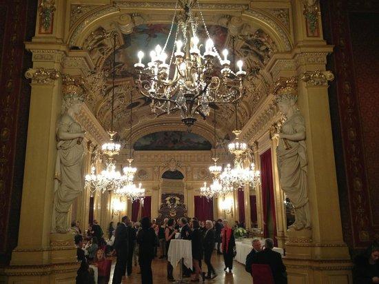 Grand Theatre de Geneve : антракт