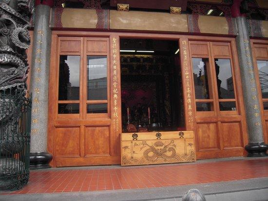 Hsing Tian Kong : この奥に関羽がいるのだが・・・