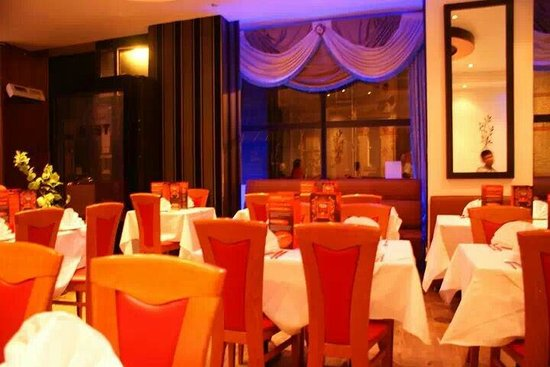 Teza: Glamourous venue with contemporary looks