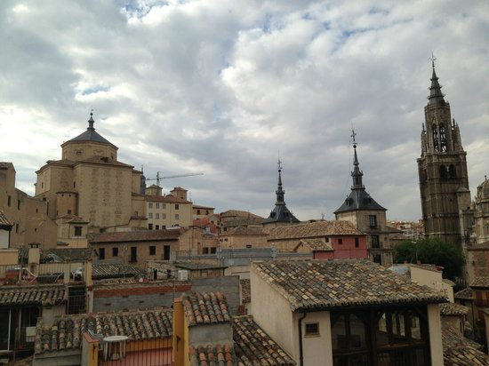 Hotel Santa Isabel: View of Toledo skyline from rooftop terrace
