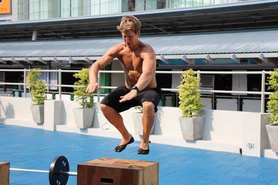 CrossFit Bangkok (CFBK): CrossFit Bangkok Box Jump