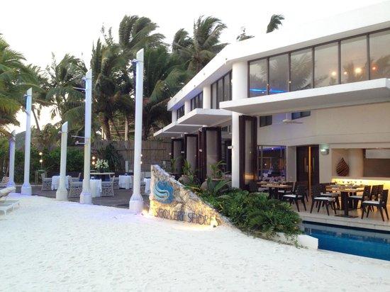 Discovery Shores Boracay: Sand Restaurant
