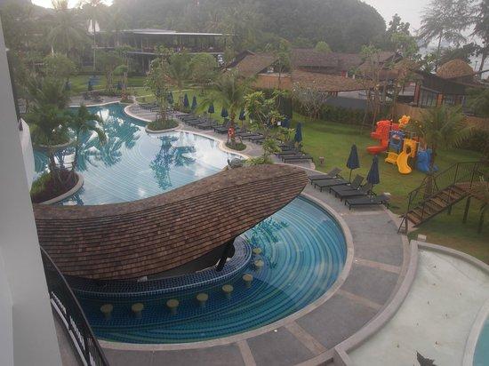 Holiday Inn Resort Krabi Ao Nang Beach : Pool