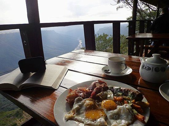 Leopard Rock Lookout Chalets & Coffee Shop/Restaurant: breakfast