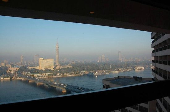 InterContinental Cairo Semiramis: nile river from hallway