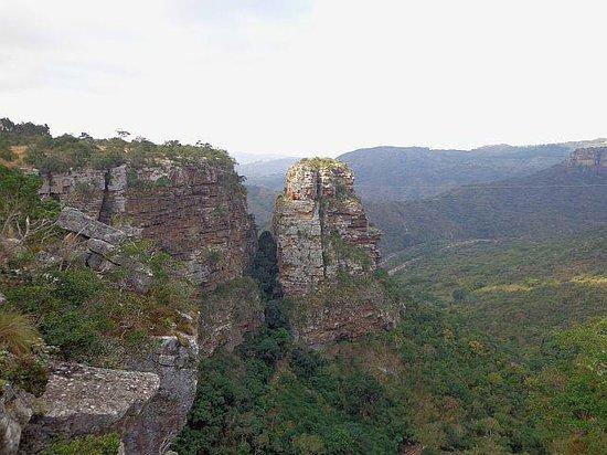 Leopard Rock Lookout Chalets & Coffee Shop/Restaurant: nearby Baboon's Castle