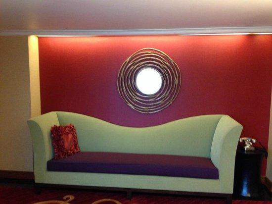 Renaissance Charlotte SouthPark Hotel: hALLWAY