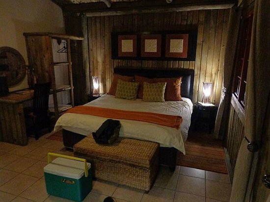 Lake Eland Game Reserve: your bed