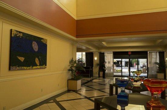 Hilton Pasadena: ロビー周辺