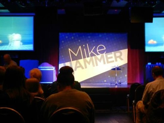 Mike Hammer - Comedy & Magic Show: The stage