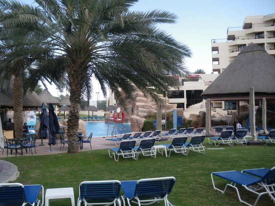 Danat Al Ain Resort: Pool