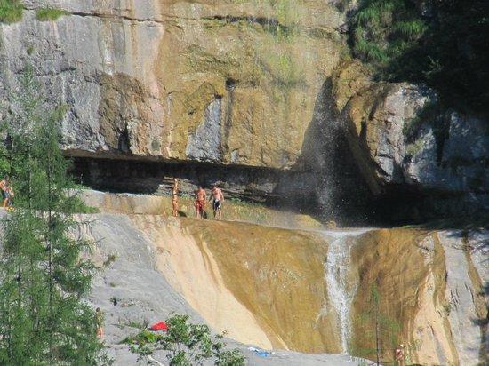 Königssee: Konigsee Lake - waterfall