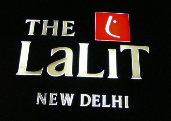 The Lalit New Delhi: entrance