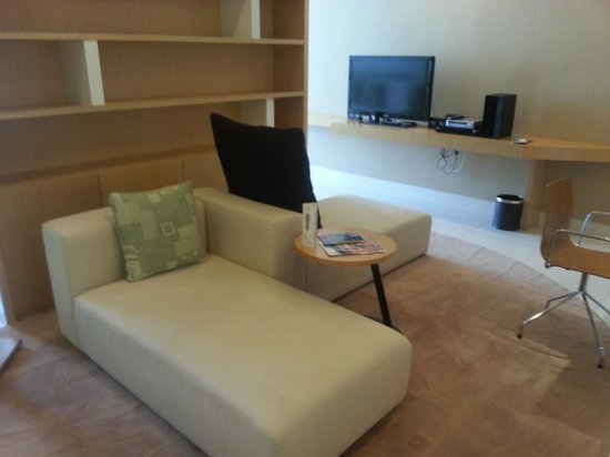 PARKROYAL Serviced Suites Kuala Lumpur: Lounge back and relax