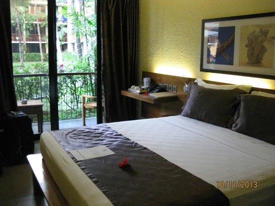 Coral Strand Smart Choice Hotel Seychelles: Zimmer 122 EG zum Pool