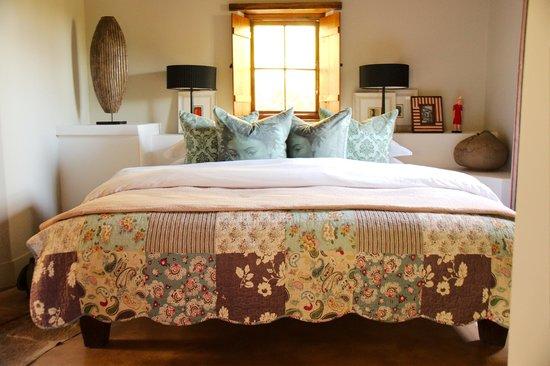 """Augusta de Mist Country House: """"Unser"""" Bett"""