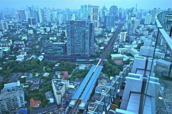 Marriott Executive Apartments Bangkok, Sukhumvit Thonglor : Day view on Sukhumvit