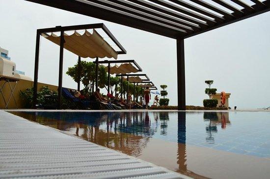 JA Ocean View Hotel: pool