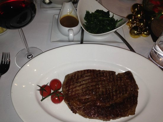 Fireplace Grill and Bar: wagyu beef