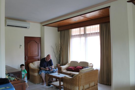 Inna Sindhu Beach: Big nice room