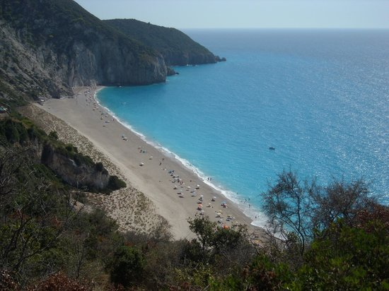 how to get to milos beach lefkada