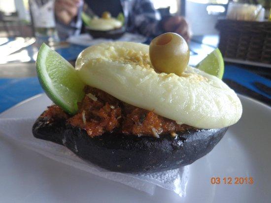 Quality Suites Vila Velha : casquinha de siri servida no restaurante do hotel