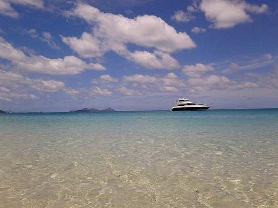 Airlie Apartments: whitehaven beach