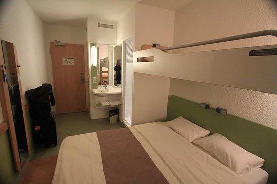 Ibis Budget Berlin Alexanderplatz : room