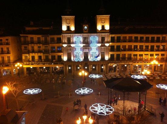 Infanta Isabel Hotel: Plaza Mayor Ayuntamiento