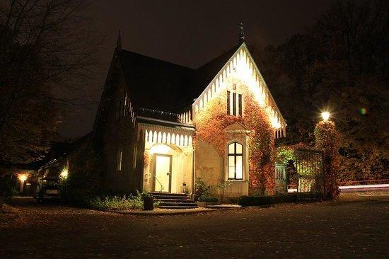 Schloss Eckberg: reception