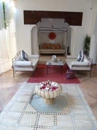 Riad Charai: salon