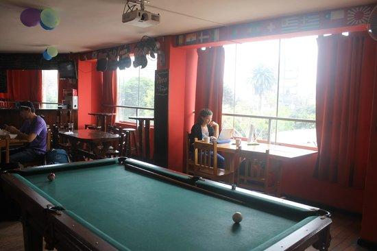 Pariwana Hostel Lima : area para comer