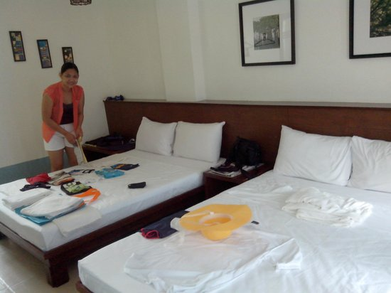 Agos Boracay Rooms + Beds: nice room