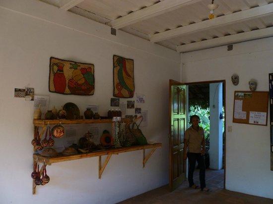 La Mariposa Spanish School and Eco Hotel: huge classroom