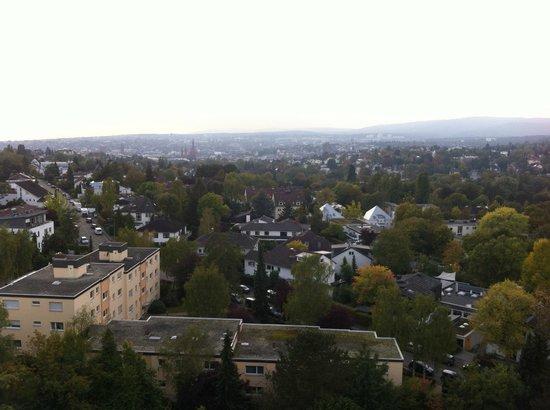 NH Wiesbaden: Toller Blick Richtung Wiesbaden