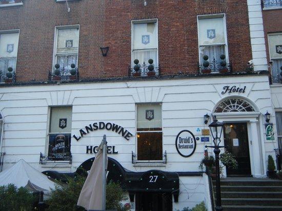 Lansdowne Hotel Ballsbridge: Hotel Front View