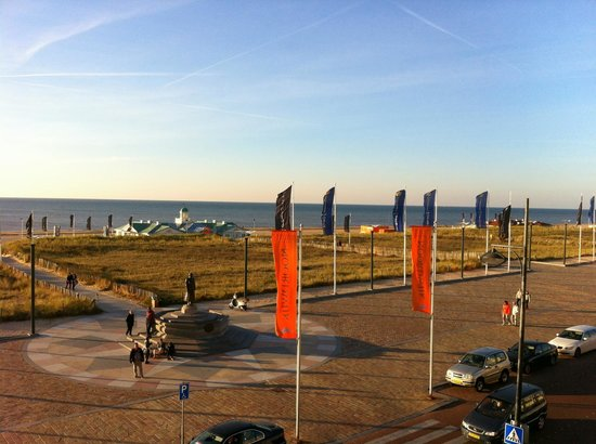 Hotel Van Oranje, Autograph Collection: A nice view of the beach... just across the street!