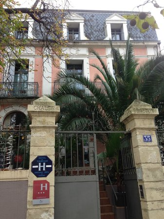 Hotel des Arceaux : hotel