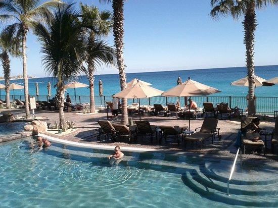 Villa del Arco Beach Resort & Spa Cabo San Lucas: Or just read a book