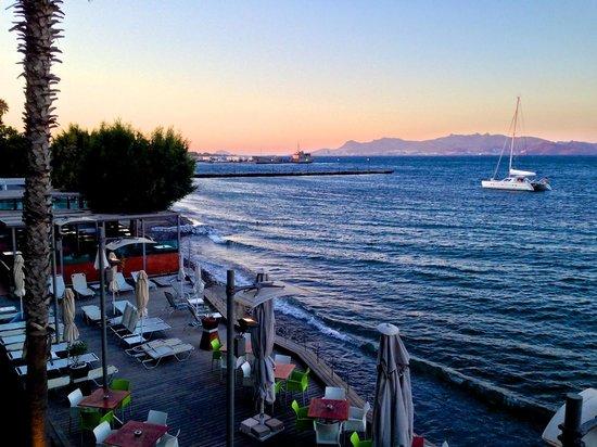 Kos Aktis Art Hotel : utsikt från rummet