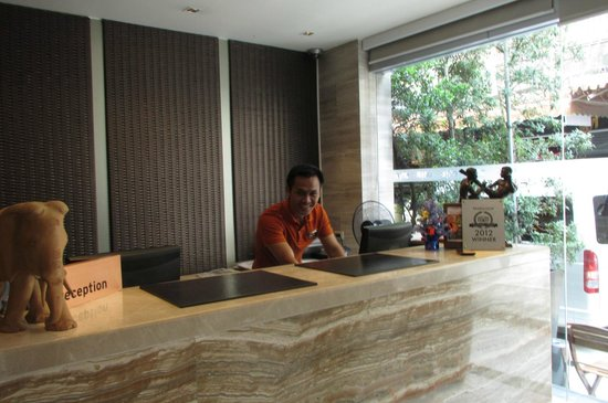 On8 Sukhumvit Nana By Compass Hospitality: Reception