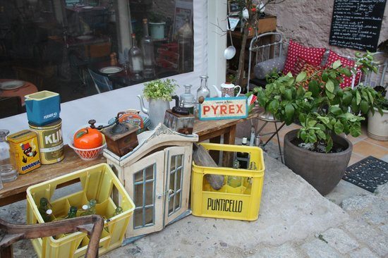 U Minellu: Straßendekoration