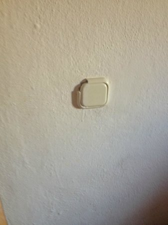 Musti's Apart : example of electrical switch