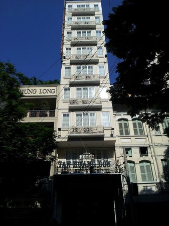 Tan Hoang Long Hotel : Street View