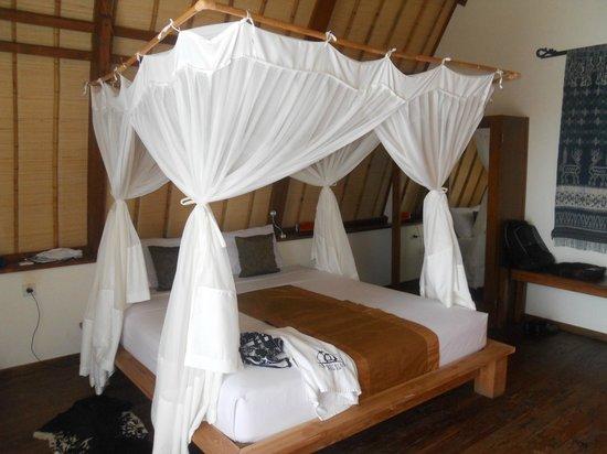 Komodo Resort & Diving Club: interno del bungalow