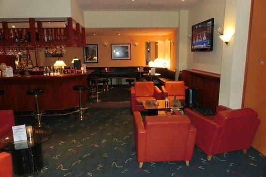 Ramada Nuernberg Landhotel: Hotelbar